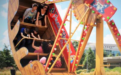 Carnival Ride Rentals - Pirate's Revenge Boat Ride